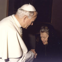 MH-Pope-and-Catherine-Doherty